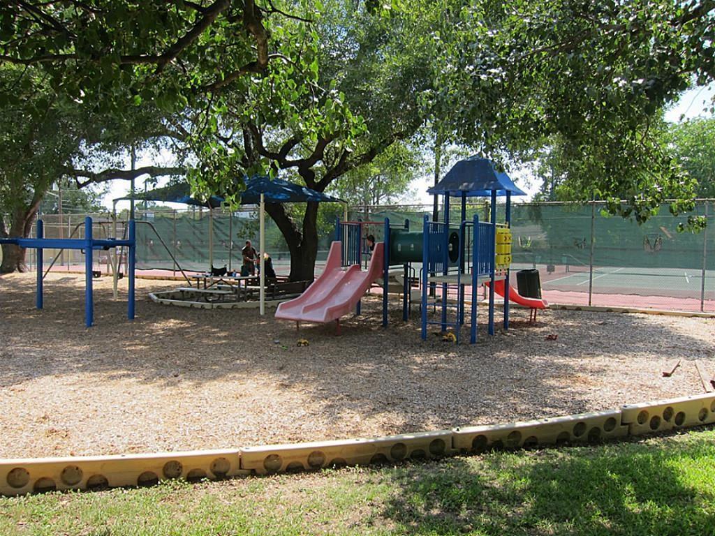 Off Market | 11506 Long Pine Drive Houston, TX 77077 15