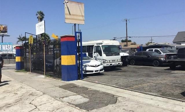 Off Market | 6556 S Western Avenue Los Angeles, CA 90047 4