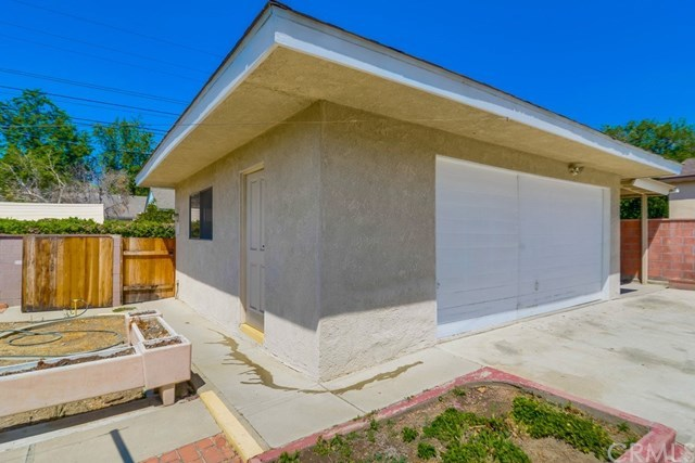 Closed | 1341 N 1st Avenue Upland, CA 91786 37