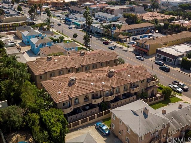 Closed | 704 S Pacific Coast Hwy  #D Redondo Beach, CA 90277 36