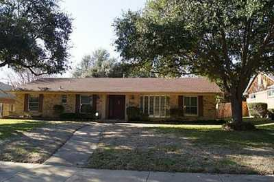 Sold Property | 839 Overglen Drive Dallas, Texas 75218 1