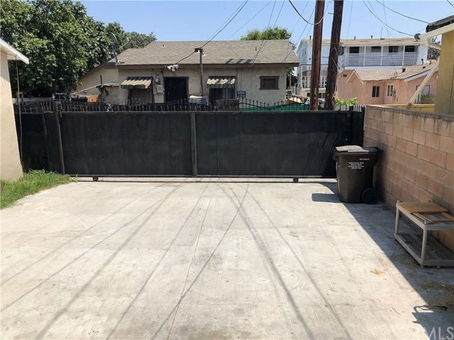 Closed | 6330 Miles  Avenue Huntington Park, CA 90255 14