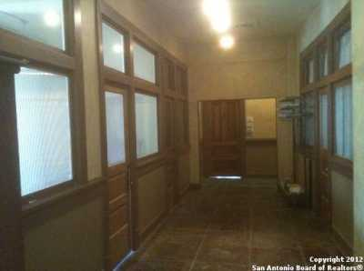 Property for Rent   212 N Losoya  San Antonio, TX 78205 1