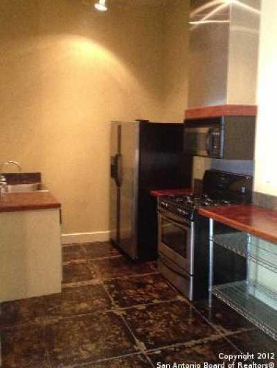 Property for Rent   212 N Losoya  San Antonio, TX 78205 8