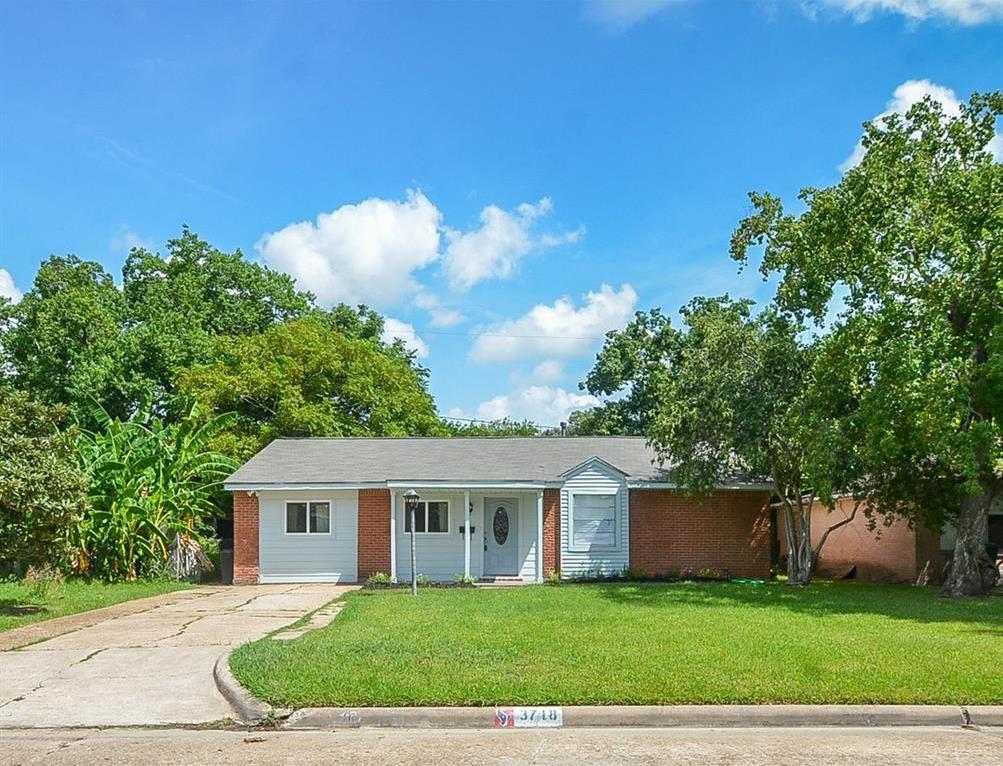 Off Market   3718 Darlinghurst Drive Houston, Texas 77045 0