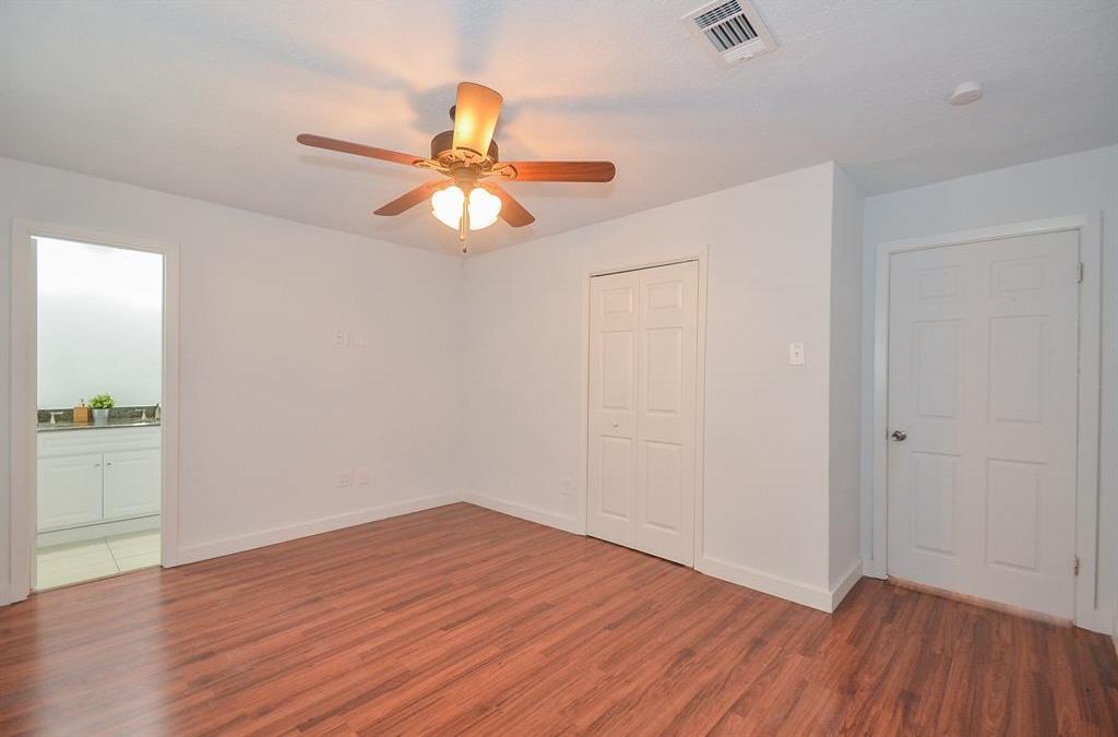 Off Market   3718 Darlinghurst Drive Houston, Texas 77045 14