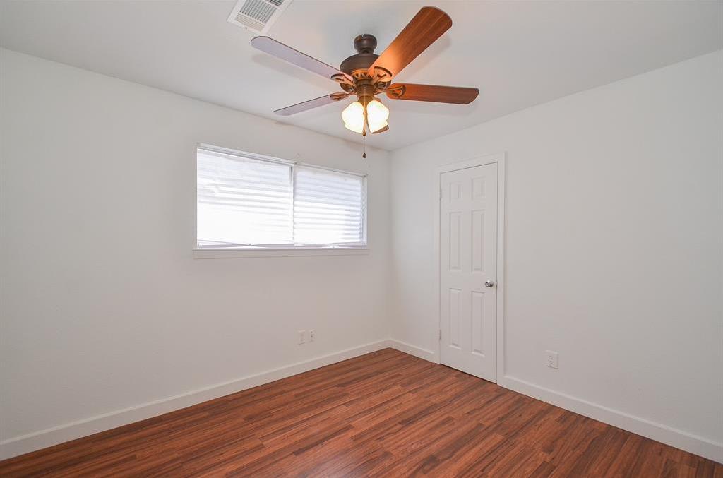 Off Market   3718 Darlinghurst Drive Houston, Texas 77045 16