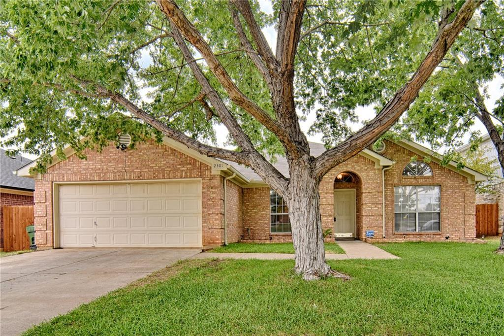 Sold Property | 2301 Green Mere Drive Arlington, Texas 76001 1