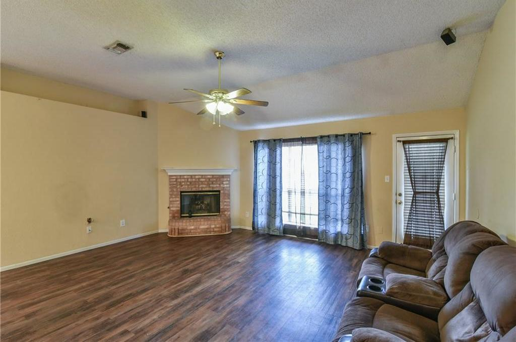 Sold Property | 2301 Green Mere Drive Arlington, Texas 76001 20