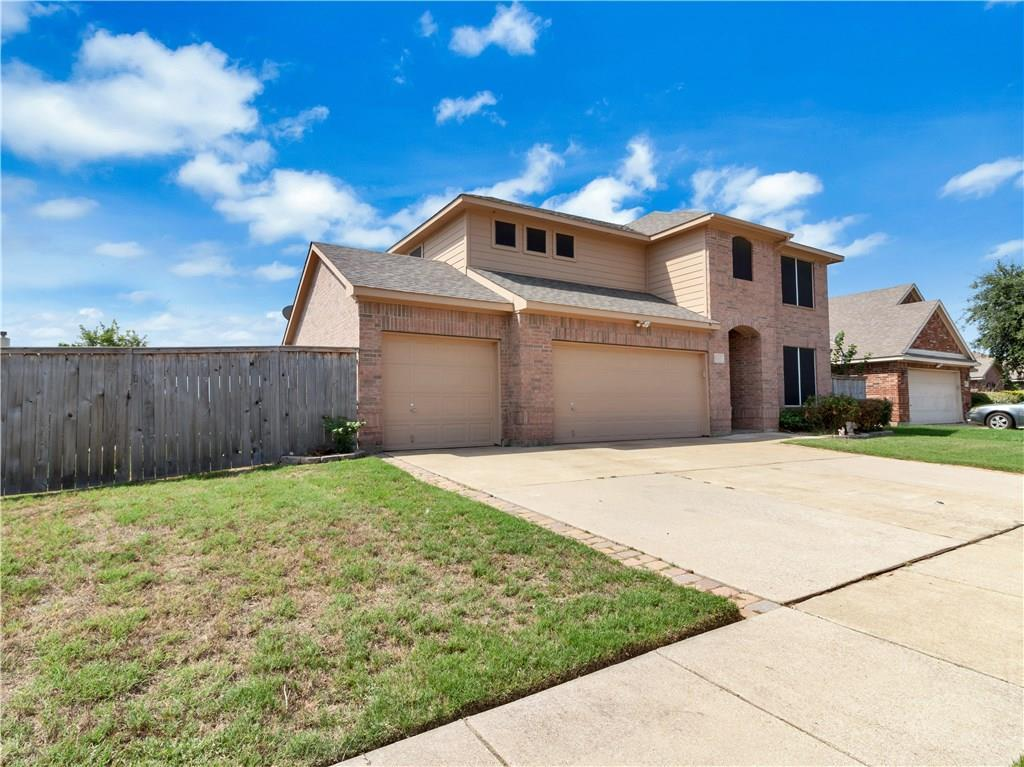 Sold Property | 1412 Sierra Blanca Drive Fort Worth, Texas 76028 2