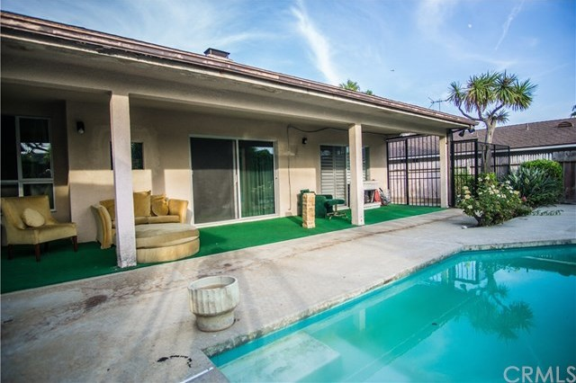 Closed | 6443 S Holt Avenue Los Angeles, CA 90056 28