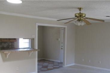 Sold Property | 8415 Hunnicut Road Dallas, Texas 75228 10