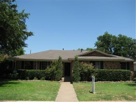 Sold Property | 8415 Hunnicut Road Dallas, Texas 75228 2