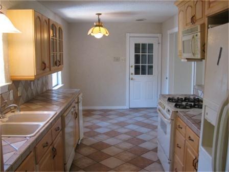 Sold Property   8415 Hunnicut Road Dallas, Texas 75228 4