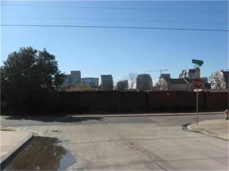 Sold Property   2917 Hallsville Street Dallas, Texas 75204 16