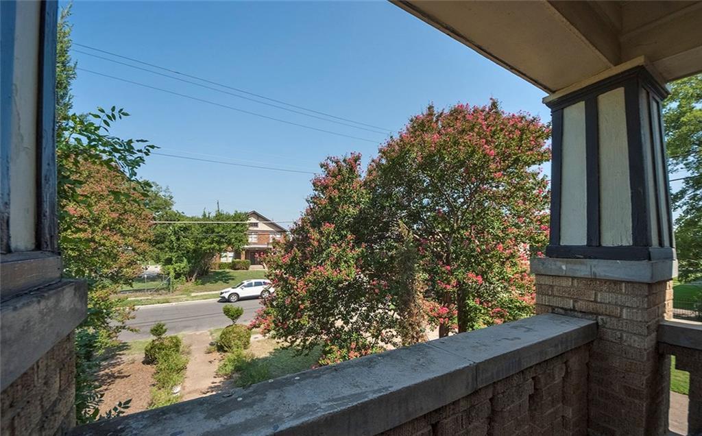 Sold Property   4620 E Side Avenue Dallas, Texas 75226 13