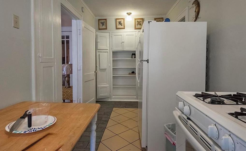 Sold Property   4620 E Side Avenue Dallas, Texas 75226 22