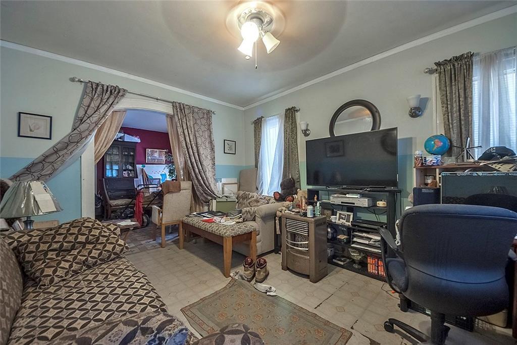Sold Property   4620 E Side Avenue Dallas, Texas 75226 26