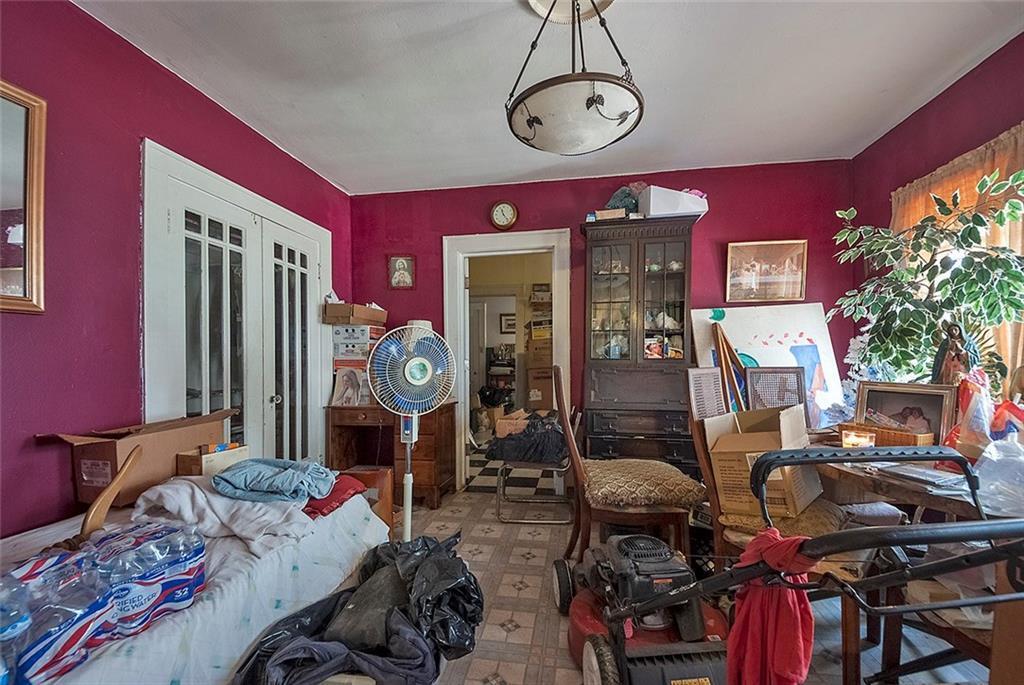 Sold Property   4620 E Side Avenue Dallas, Texas 75226 27