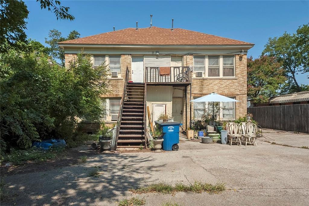 Sold Property   4620 E Side Avenue Dallas, Texas 75226 30