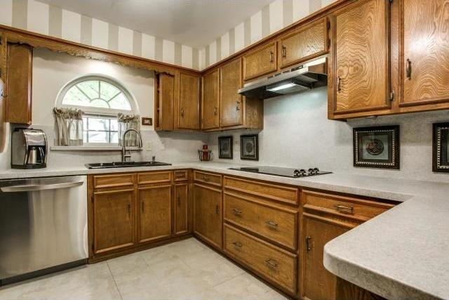Sold Property | 906 Windsong Trail Richardson, Texas 75081 8