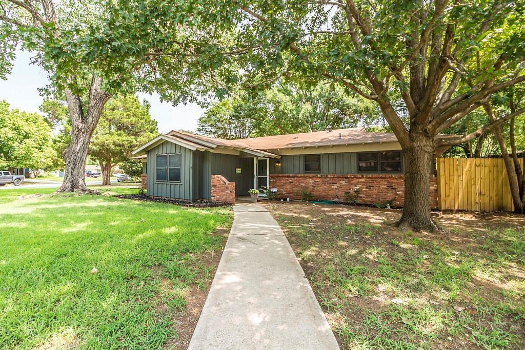 Sold Property | 625 Woodside Drive Hurst, Texas 76053 2