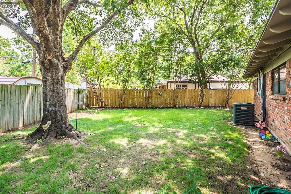 Sold Property | 625 Woodside Drive Hurst, Texas 76053 25