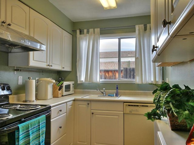 Pending | 4062 Lorenzo Terrace Fremont, CA 94536 5
