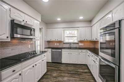 Leased | 2624 Pickwick Lane Plano, Texas 75093 3