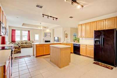 Sold Property | 504 Calgaroo Place Arlington, Texas 76002 9