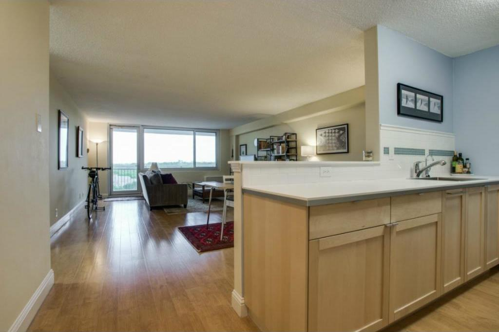 Sold Property | 3883 Turtle Creek Boulevard #817 Dallas, Texas 75219 1