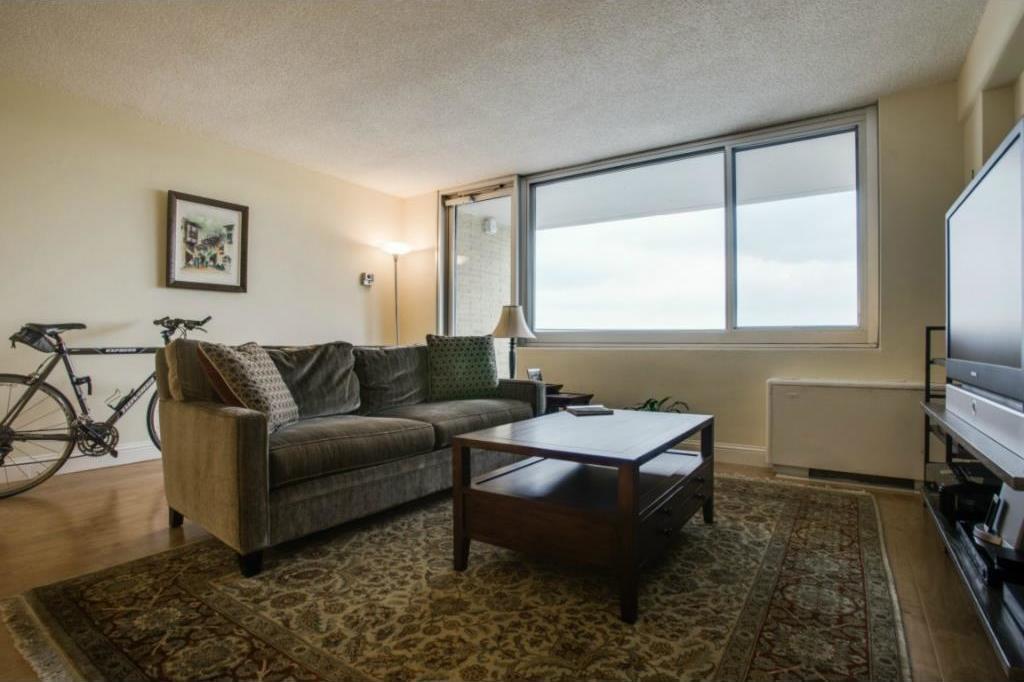 Sold Property | 3883 Turtle Creek Boulevard #817 Dallas, Texas 75219 6