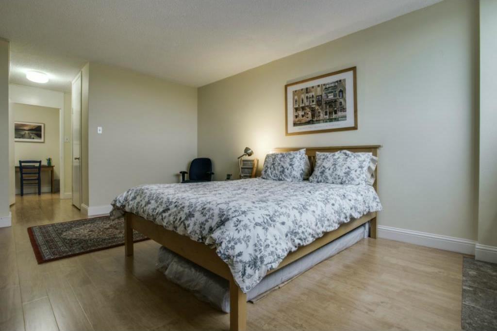 Sold Property | 3883 Turtle Creek Boulevard #817 Dallas, Texas 75219 9