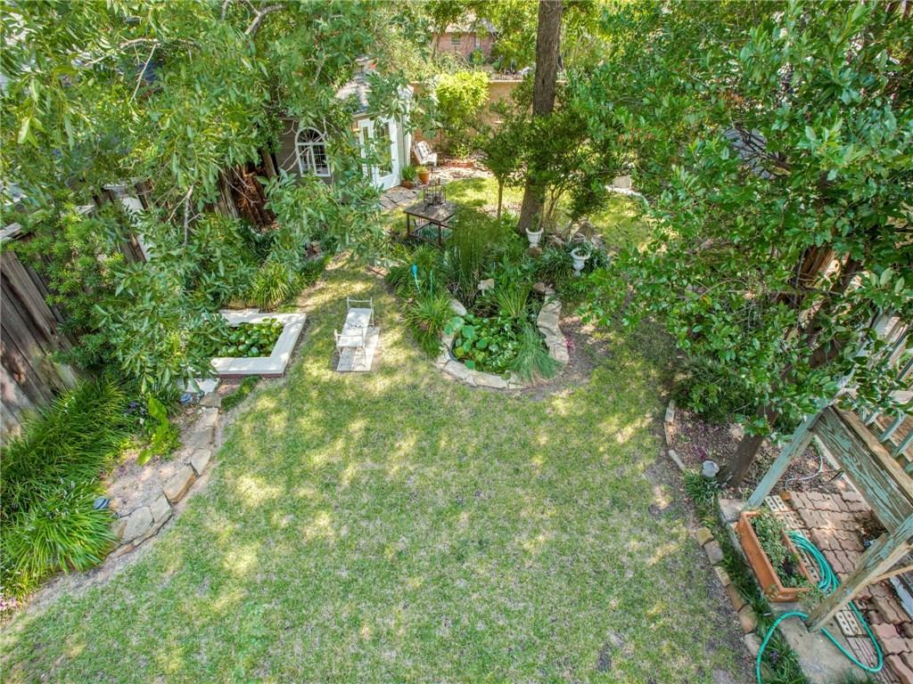 Sold Property | 6732 Kenwood Street Dallas, Texas 75214 2