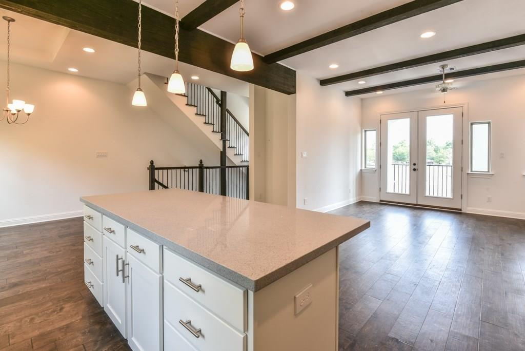 Off Market | 627 Mazal Street Houston, Texas 77009 14