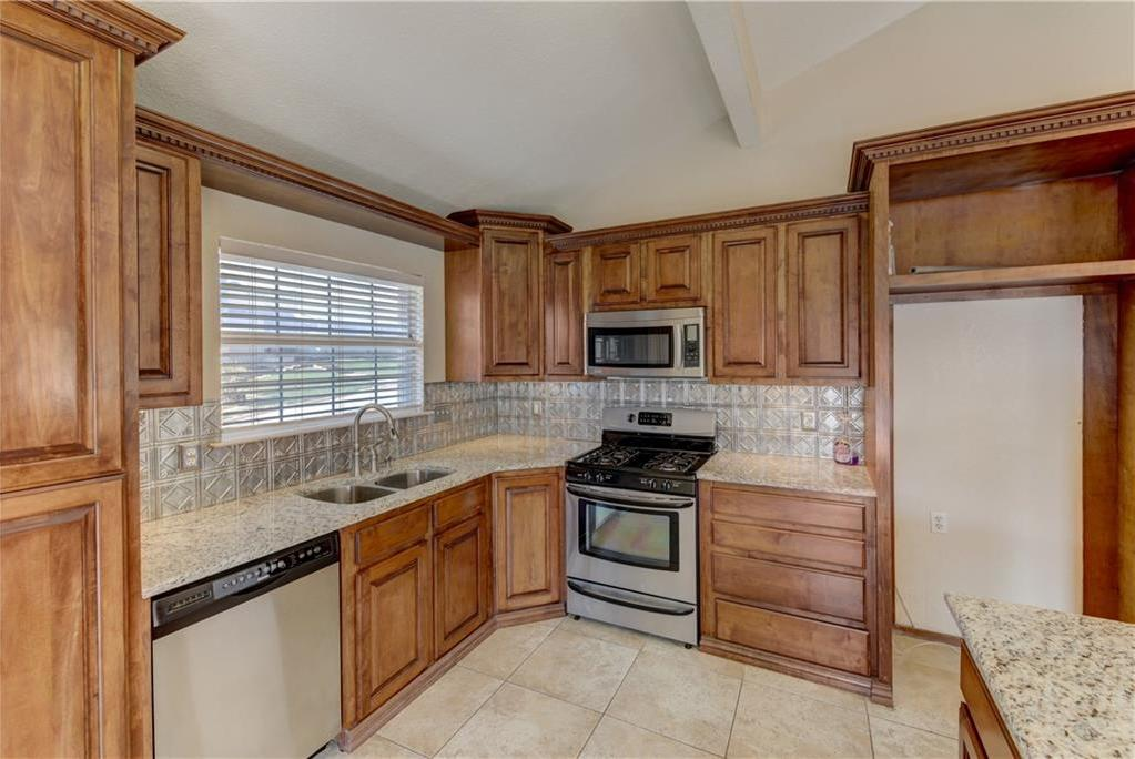 Sold Property | 5821 Jane Anne Street Haltom City, Texas 76117 11