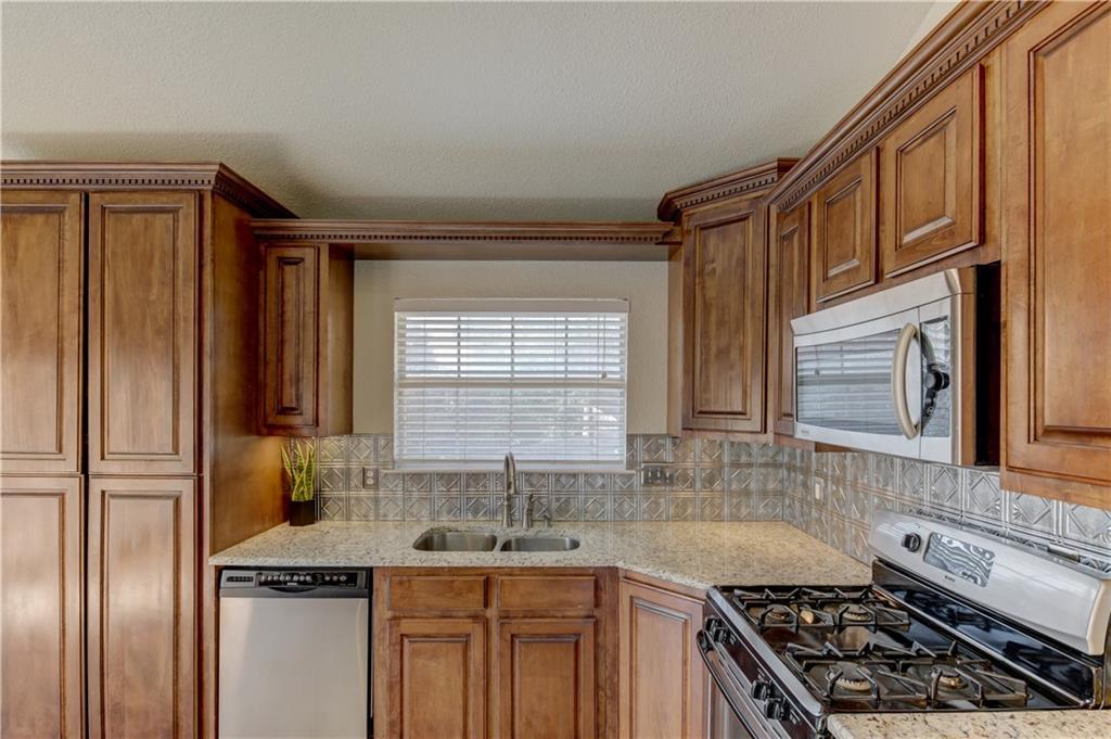 Sold Property | 5821 Jane Anne Street Haltom City, Texas 76117 12