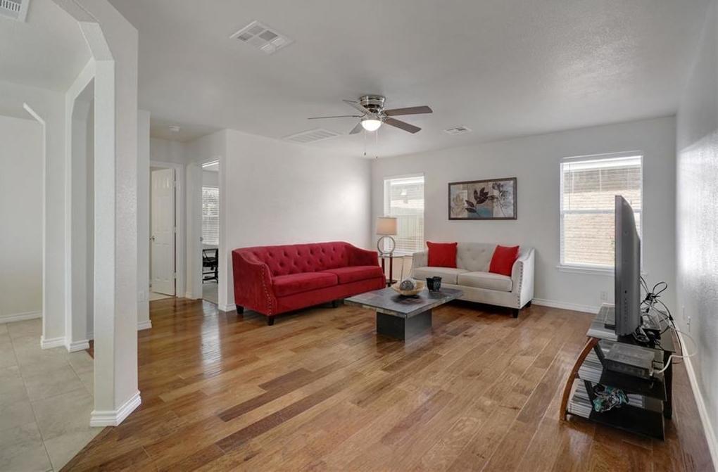 Sold Property | 413 Moorhen CV Leander, TX 78641 4