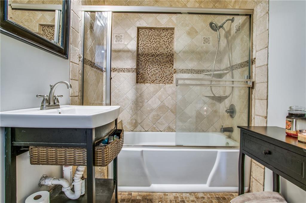 Sold Property | 2533 Alco Avenue Dallas, Texas 75211 14