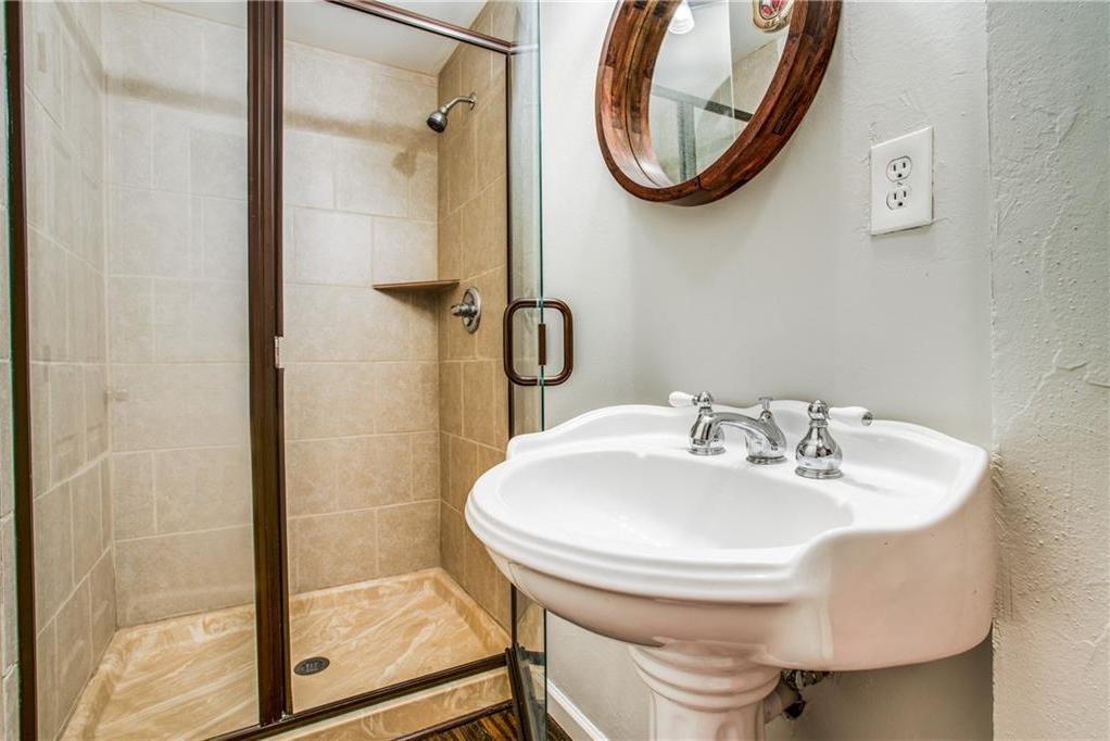 Sold Property | 2533 Alco Avenue Dallas, Texas 75211 18