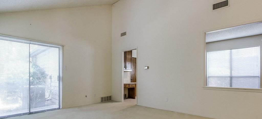 Sold Property | 2215 Winter Sunday Way Arlington, Texas 76012 4