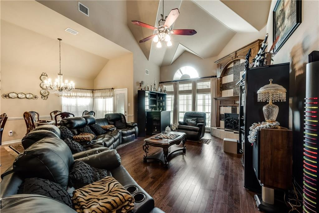 Sold Property   400 Running Water Trail Fort Worth, Texas 76131 10