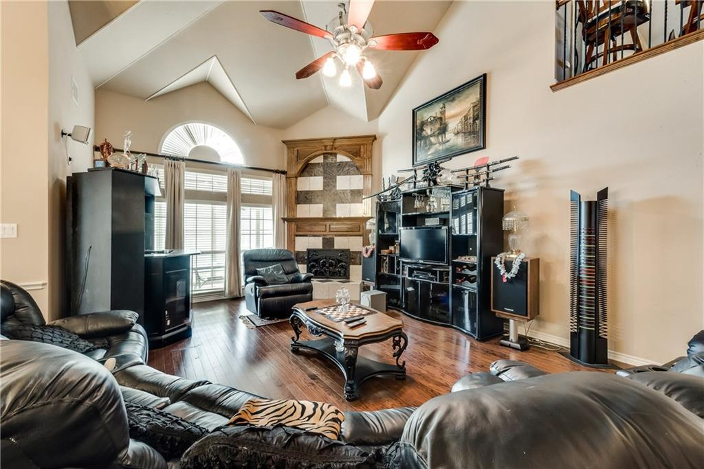Sold Property   400 Running Water Trail Fort Worth, Texas 76131 11