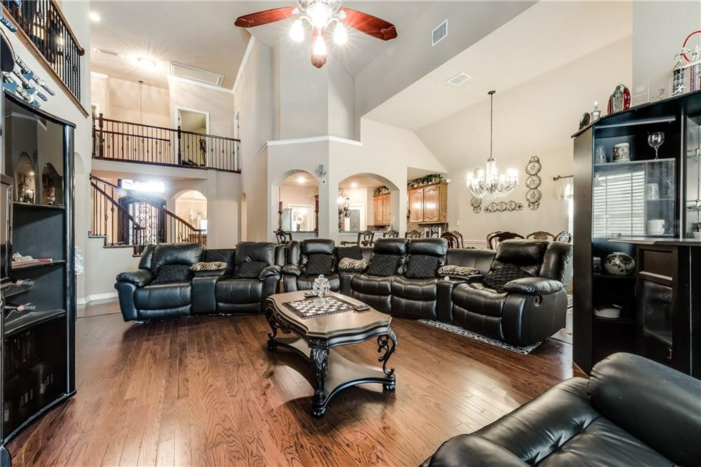 Sold Property   400 Running Water Trail Fort Worth, Texas 76131 12