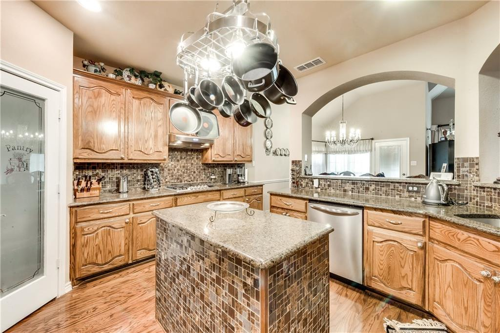 Sold Property   400 Running Water Trail Fort Worth, Texas 76131 16