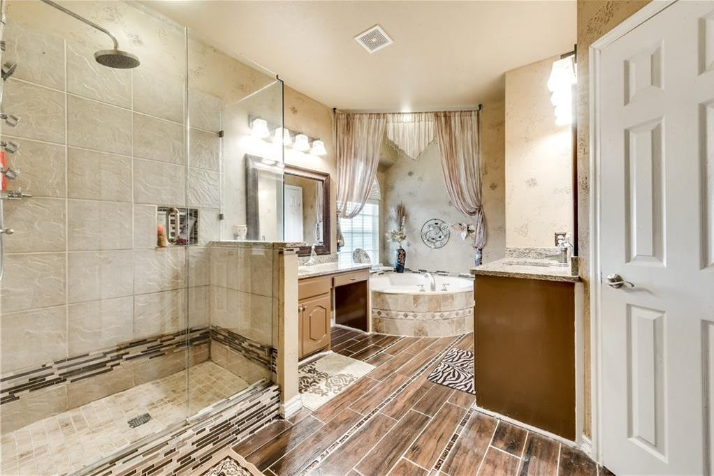 Sold Property   400 Running Water Trail Fort Worth, Texas 76131 24