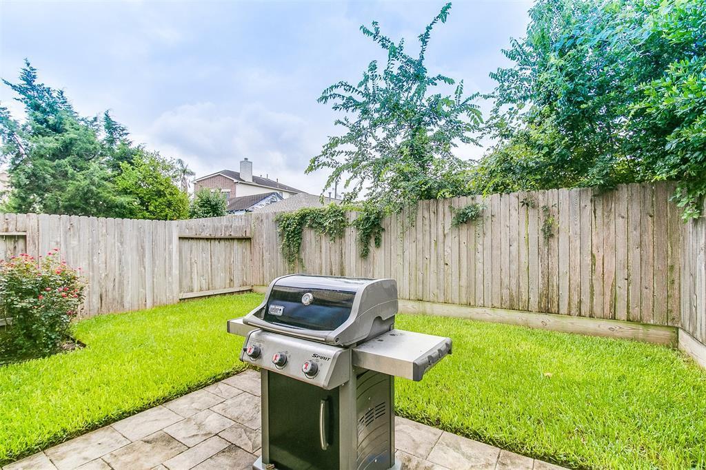 Off Market | 5211 Larkin Street #B Houston, Texas 77007 34