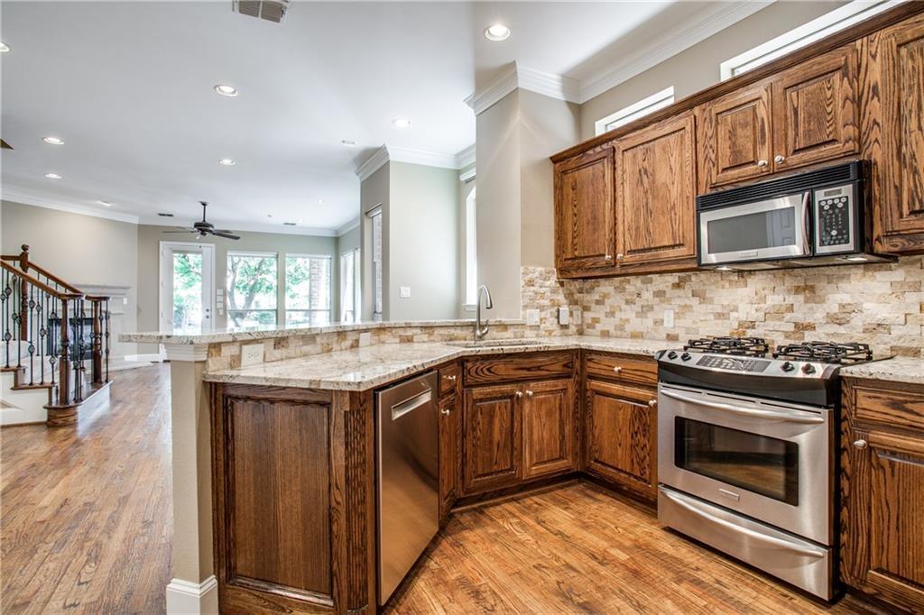 Sold Property | 18159 Frankford Lakes Circle Dallas, Texas 75252 10