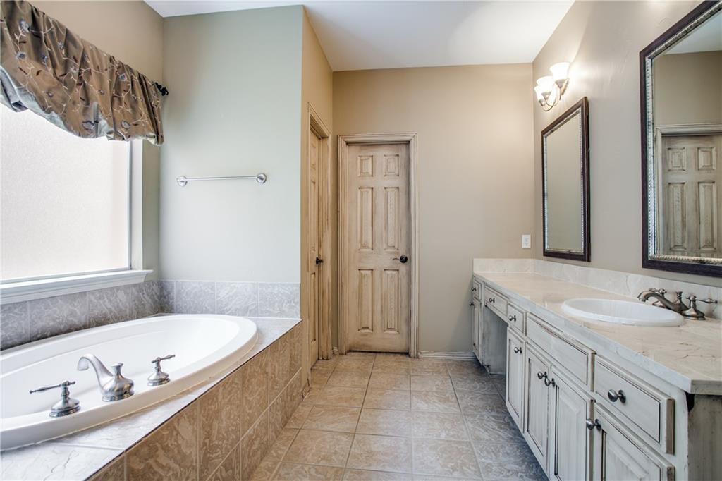 Sold Property | 18159 Frankford Lakes Circle Dallas, Texas 75252 21