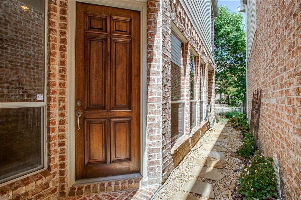 Sold Property | 18159 Frankford Lakes Circle Dallas, Texas 75252 3